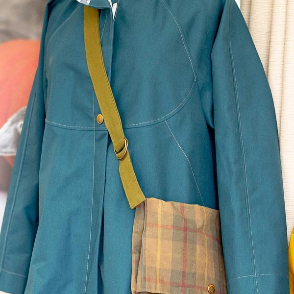 Chiltern Coat in Teal with Large Walkers Bag