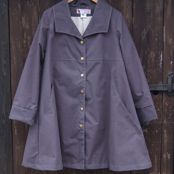 Malvern Coat in Solid Grey