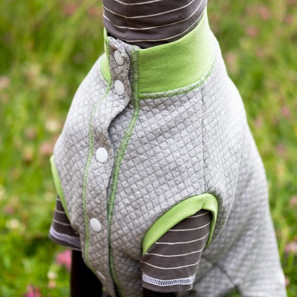 Quiltee Gilet in Grey & Lime Collar Detail
